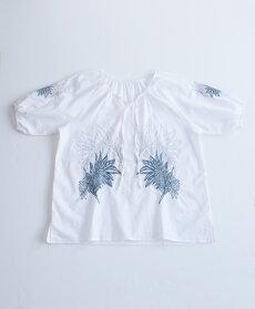【再入荷♪9月5日12時&22時より】(ホワイト)「pave」気品あるリーフ刺繍のブラウストップス/Z3