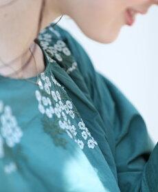 【再入荷♪10月7日12時&22時より】「pave」白い花を束ねたブーケトップス
