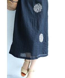 【再入荷♪9月21日12時&22時より】「pave」アートなドット刺繍の軽やかワンピース