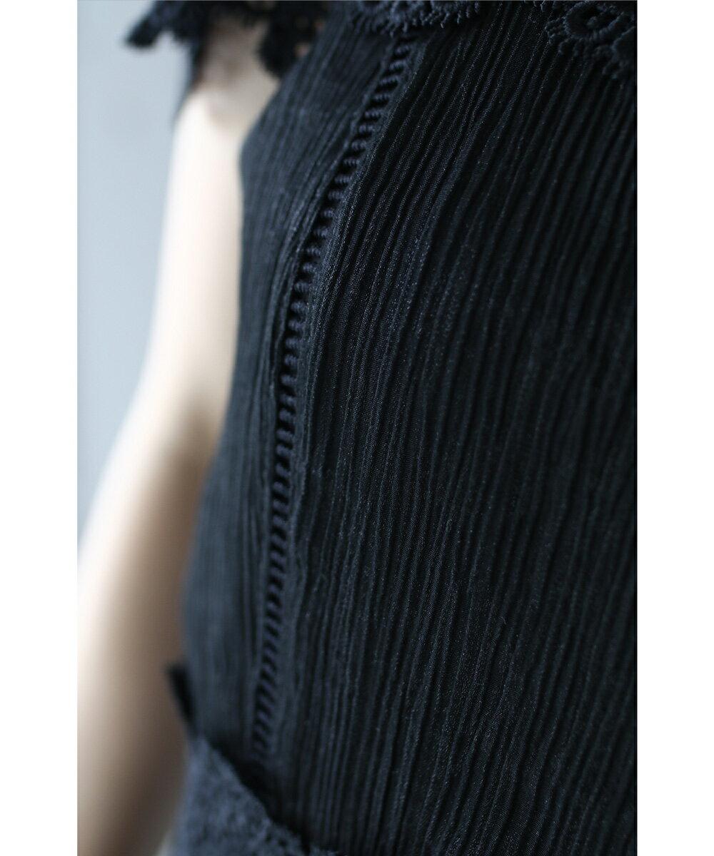 【再入荷♪7月14日12時&22時より】「frenchpave」(黒)美しさで囲うオフショルダーレースワンピース