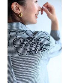 (S〜M対応)「FRENCHPAVE」花刺繍アートを描いたストライプロングシャツトップス(メール便不可)