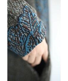 ▼▼☆☆(S~L対応)手触りなめらか。絵画のような青の花プリントロングワンピース