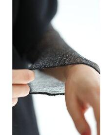 サッと着用するだけ。肌隠しの煌めきアームカバー