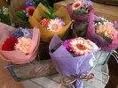 ミニブーケ全ておまかせの花材、花色で作成ミニ花束プチ花束ピアノバレエ発表会お祝い卒業式卒園式入園式入学式などに花束ギフト通常価格デザイナーおまかせ花束♪
