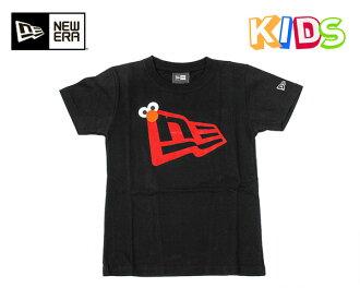 新時代 x 芝麻街孩子 T 恤埃爾莫旗標誌黑色紐埃爾 × 芝麻街孩子棉 TEE 國旗徽標 ELMO 黑色 [孩子兒童孩子]