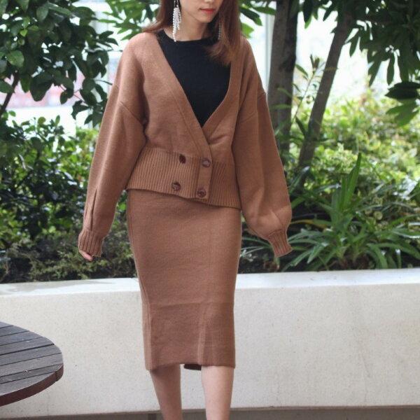 【orubiaオルビア】セットアップボリュームスリーブニットタイトスカート