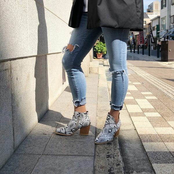 【orubiaオルビア】ブーツショートワークカットヒールパイソンレオパード