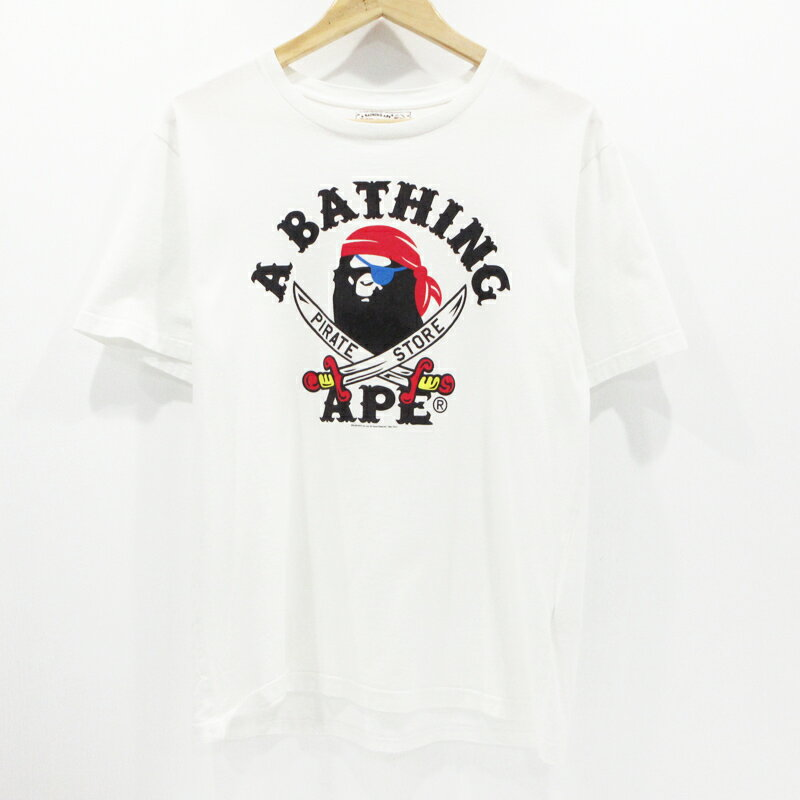 A Bathing Ape pirate store A BATHING APE PIRATE ...