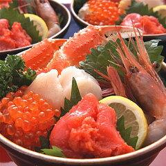 甘えび・ホタテの甘みと、明太子の辛味が絶妙なスタミナ海鮮丼!スタミナ海鮮丼⇒2,200円