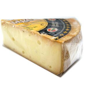 フランス産 セミハードチーズ約850gラクレットチーズ 約1Kg〜 不定貫 Kgあたり5.718円