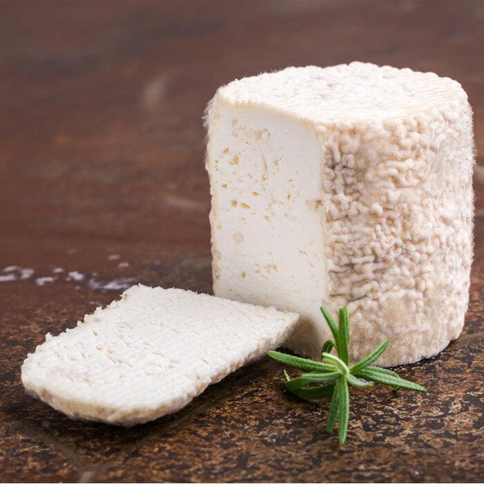 フランス産 シャロレー 約250g 白カビ 毎週水曜日入荷 無殺菌乳