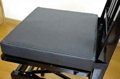 ピアノレスナー様必見!おんがくっしょんピアノの正しい姿勢に演奏中にズレません!