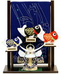 【五月人形送料無料】上杉謙信兜・鯉のぼりタペストリー段差飾り《48EM-53》