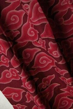 インドネシア 手描きバティックカイン パンジャン(腰布) メガムンドゥン(雲) 飾り布 赤/茶 【ろうけつ染め】【更紗】【母の日】【プレゼント】【アジアン】【エスニック】【ナチュラル インテリア】【コットン(綿)】