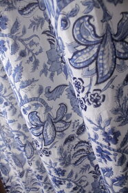 インド木版染めコットンボイルカーテンインディゴ(藍染め)フラワーペーズリー【アジアン】【アビスカラー】【YDKG-f】【エスニック】【インテリア】【コットン】【ネコポスOK】