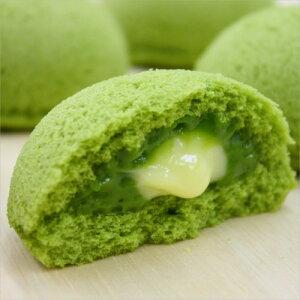 新緑の抹茶ケーキ