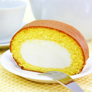 富山産コシヒカリを製粉して作ったモチモチの生地で、濃厚なミルクから作った生クリームをこれ...