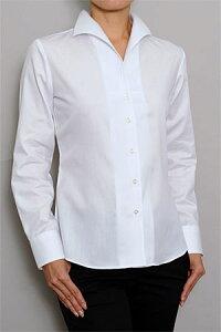 衿の曲線がフェミニンなイタリアンカラーワイシャツ!形態安定でお手入れ楽々メンズ仕立てのレ...