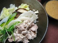 さっぱり食べられるしゃぶしゃぶ風豚肉&お野菜豚しゃぶ(ごまダレ付)
