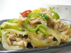 シンプルな塩味で野菜も美味しく豚肉と野菜のねぎ塩炒め