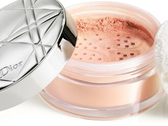 DIOR(Dior)Dior皮膚裸體空氣盧斯粉