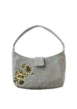 フラワー手刺繍 フェルトのハンドバッグ
