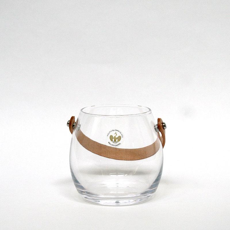 【送料割引 ポイント2倍】DESIGN WITH LIGHT JAR / H10cm / HOLMEGAARDD ホルムガード / 皮革ストラップつきポット クリア / デザイン ウィズ ライト / ガラス オブジェ キャンドルホルダー ボトル 器 花器 置物 北欧