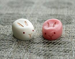 【紅白うさぎ小物】可愛い紅白うさぎのはし置き♪(ウサギ食卓テーブルマナーはし置き箸置き記念日お客様用お正月用)
