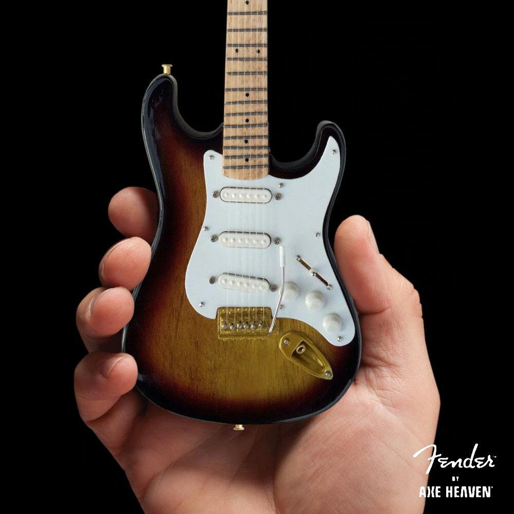 コレクション, その他 FENDER - Stratocaster 60th Anniversary Sunburst