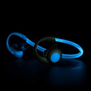 BOOMPODS(ブームポッズ)BluetoothワイヤレスイヤホンSportsVisionブルーSPVBLU夜のランニングにも安心の光るスポーツ用イヤホン防滴防塵耐衝撃対応