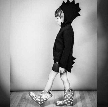 ジップアップパーカー フード付き 恐竜 ゴジラ トップス アウター 長袖 子供服 男の子 女の子 男児 女児 キッズ ギザギザフード テールカット 無地 可愛い おもしろい 羽織り 上着 カジュアル 90cm 100cm 110cm 120cm 130c