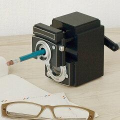 鉛筆削り 手動 かわいいKIKKERLAND camera pencil sha…