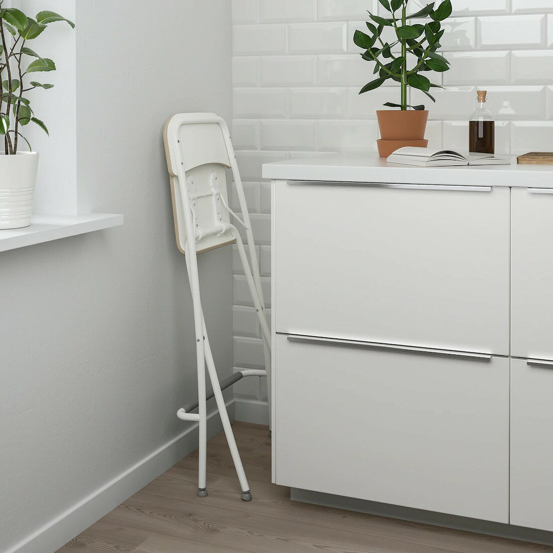 【IKEAOriginal】FRANKLIN-フランクリン-バースツール背もたれ付き折りたたみ式ホワイトホワイト63cm