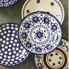 古い歴史を持つドイツKannegiesserカンネギーサーのブンツラウアー陶器 素朴で温かみのある...