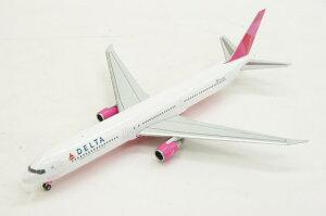ヘルパウイングス herpa wings 1/400 ボーイング 767-400ER デルタ航空 特別塗装 「ピンクプレ...