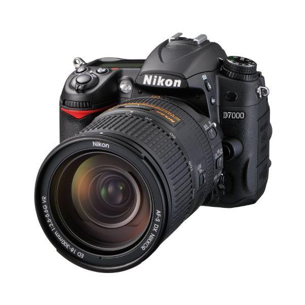 デジタルカメラ, デジタル一眼レフカメラ 1Nikon D7000 18-300mm F3.5-5.6G VR