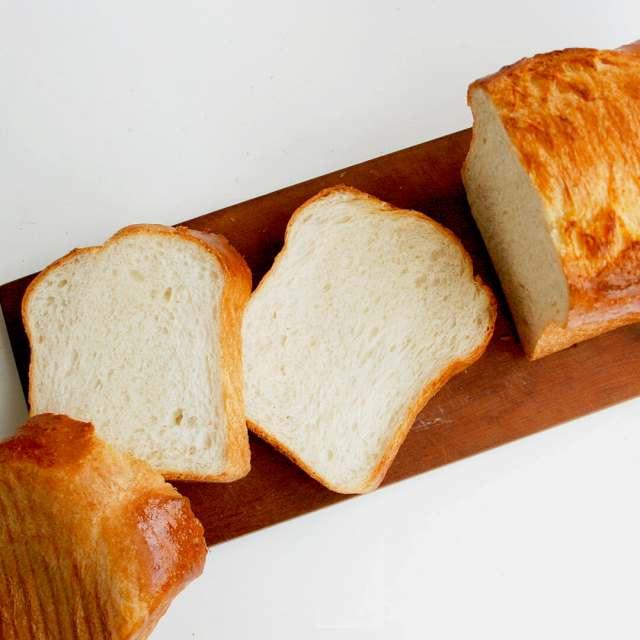 《シニフィアンシニフィエ》オリジナル食パン型(斜線入)[1斤半]