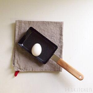 卵1個で玉子焼きが作れるサイズ。お弁当用におすすめです。アンバイ (ambai) 玉子焼き 角小 ...