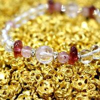 魅力を引きだす!天然石組み合わせクンツァイトラブブレスをゴールド花座パーツの中で撮影