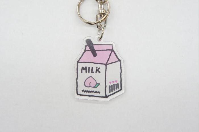 KHミルクパック PK キーホルダー チャーム バッグチャーム 小中高生 女の子 ミルク型 牛乳 カワイイ オシャレ 鍵 鞄 個性的 キーホルダー おしゃれ かわいい バッグチャーム かばん チャーム レディース