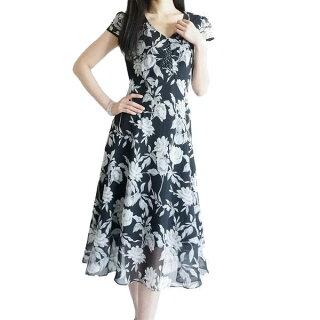 着痩せ効果抜群ワンピースロング半袖花柄夏黒グラデーションシフォン細身スタイル美人スレンダー