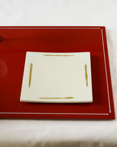 変り根来正角皿Sサイズ【漆器/漆塗り/和食器/白い食器/四角/平皿/菓子皿/銘々皿/日本製/和モダン/おしゃれ/ホワイト】