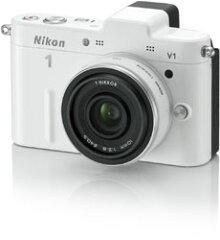 レンズ交換式アドバンストカメラ Nikon 1 V1 薄型レンズキット ホワイト【送料無料】ニコン N1V...