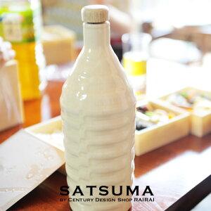 薩摩焼 さつま彫文焼酎ボトル(白)【鹿児島】【薩摩焼】【焼酎】