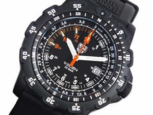 ルミノックスLUMINOXフィールドスポーツ腕時計8821【送料無料】【39%OFF】【セール】【YDKG円高還元ブランド】