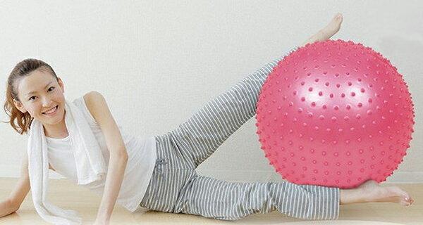 フィットネスボール ピンク 空気 柔軟性 弾力性 フィットネス 投げる 蹴る 遊び 体ほぐし 握る つかむ 押す リハビリ(代引不可)