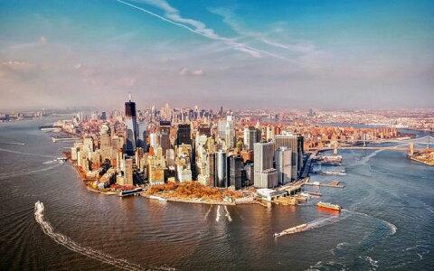 絵画風 壁紙ポスター (はがせるシール式) マンハッタン島の全景 ニューヨーク ハドソン川 AT キャラクロ NYK-010W1 (ワイド版 921mm×576mm)[貼ってはがせる壁紙 剥がせる壁紙 ウォールステッカー 癒し オシャレ おすすめ 人気] インテリア