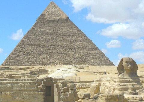 絵画風 壁紙ポスター (はがせるシール式) ピラミッドとスフィンクス 古代エジプト 世界遺産 ピラミッドパワー キャラクロ EPMD-006A1 (A1版 830mm×585mm) 建築用壁紙+耐候性塗料 インテリア