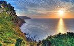 絵画風 壁紙ポスター (はがせるシール式) 夜明けのエクスムーア国立公園 絶景の日の出 イングランド 神秘 パワー キャラクロ SSRS-012W1 (ワイド版 921mm×576mm) 建築用壁紙+耐候性塗料 インテリア