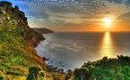 絵画風 壁紙ポスター (はがせるシール式) 日没のエクスムーア国立公園 絶景の夕陽 イングランド 神秘 パワー キャラクロ SSST-007W2 (ワイド版 603mm×376mm) 建築用壁紙+耐候性塗料 インテリア